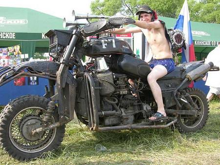 Мотоциклы находятся также в галереях: двигатель скутера стелс.